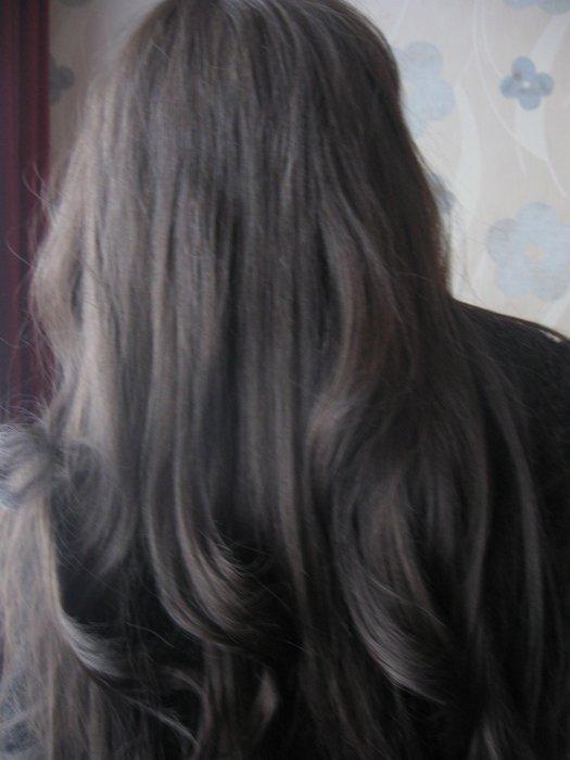 Цвет волос тёмный графит
