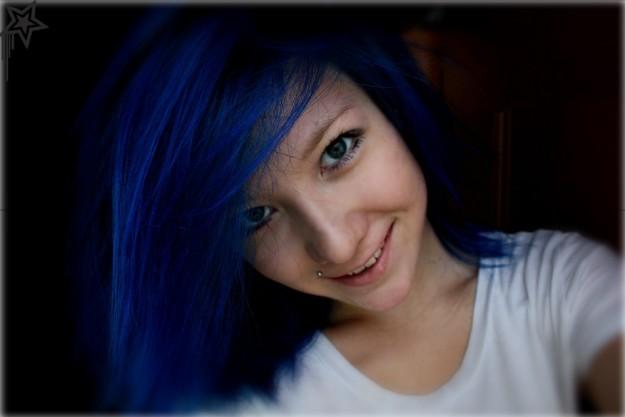 как смыть синюю краску с волос